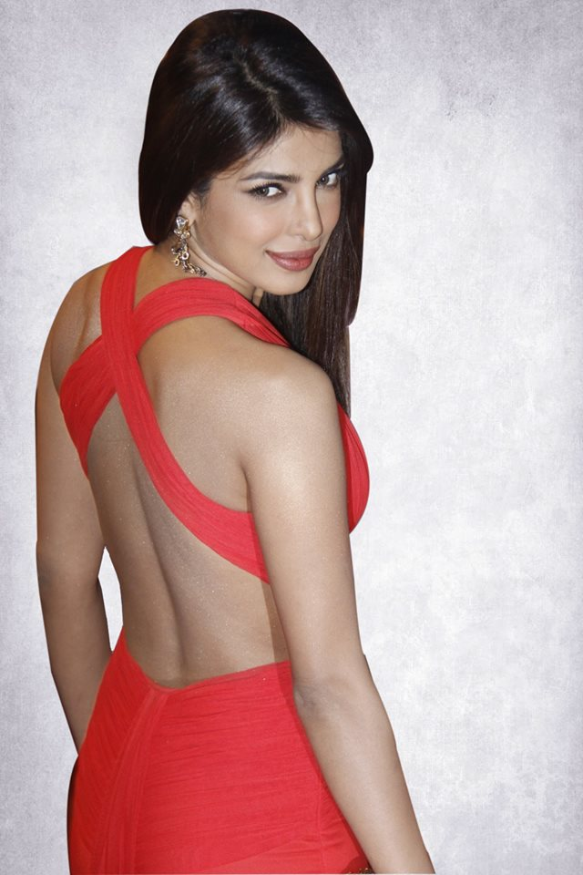 priyanka chopra back wallpaper