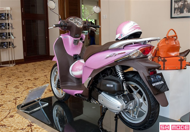 Honda SH Mode màu hồng
