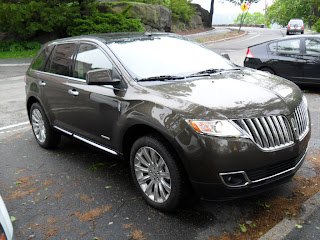 Lincoln MKX reverse