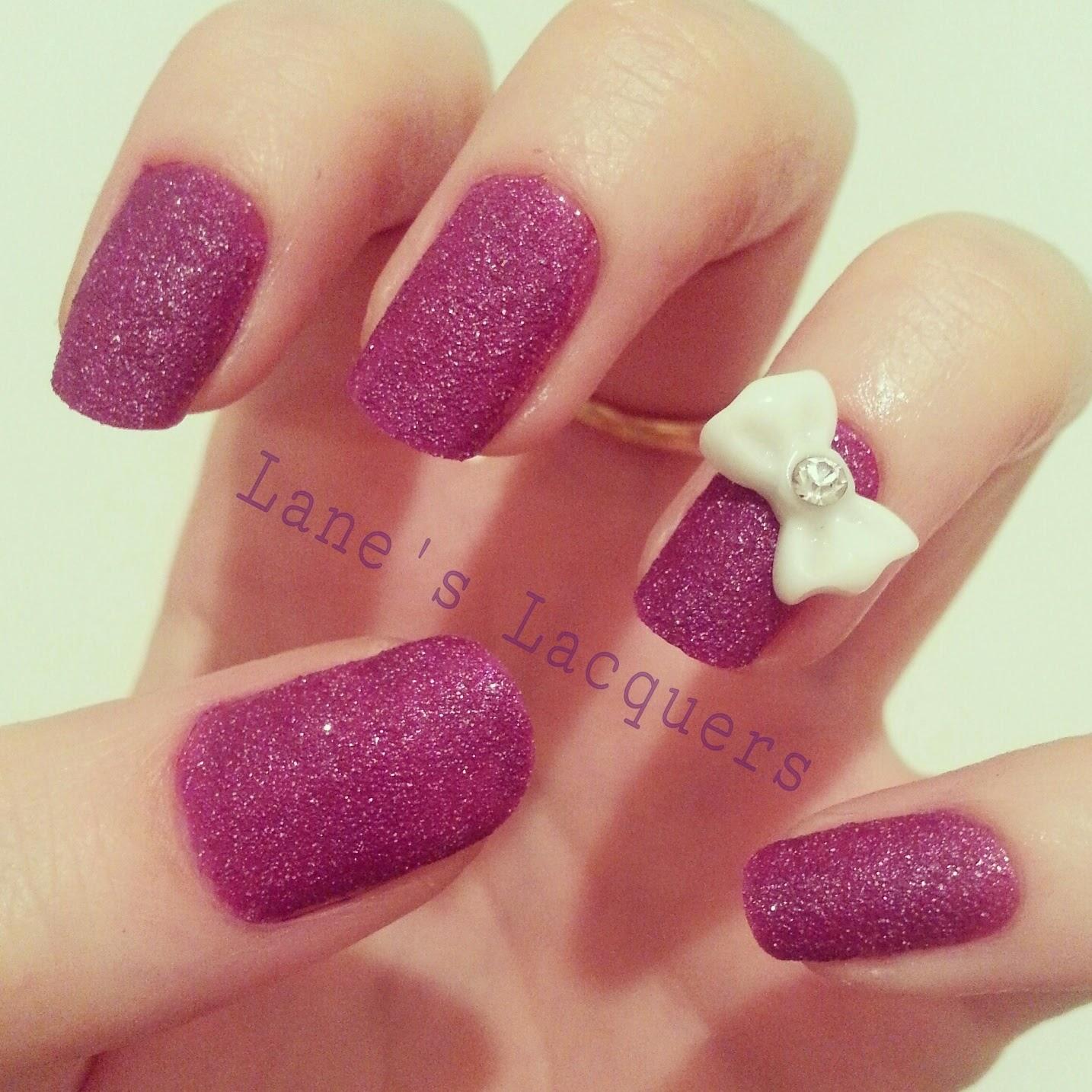 OPI-liquid-sand-my-secret-crush-3d-bow-manicure (1)
