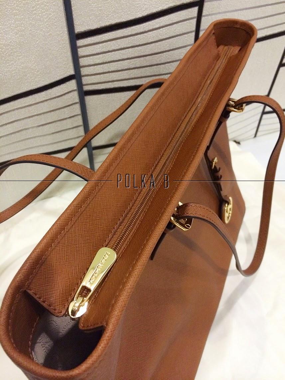 Michael Kors Jet Set Travel Saffiano Leather Top Zip Tote