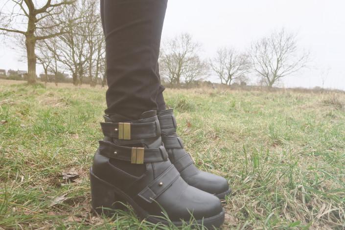 Spy Love Buy Shoes Blogger