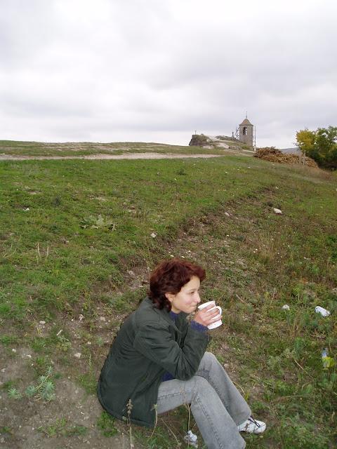 Reportaż z wioski w Mołdawii. Kawa na wzgórzu.