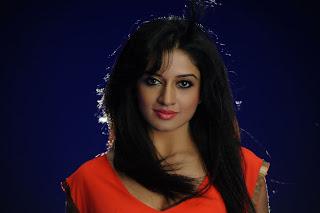 Vimala Raman hot Stills from Telugu Movie Kulumanali