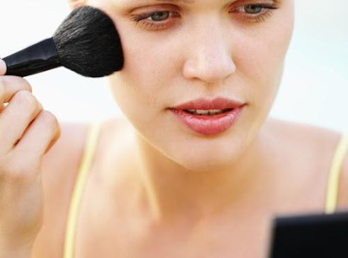 Dicas de Maquiagem para esconder Manchas de Espinha