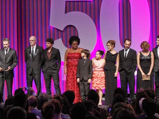 Avenida Brasil, the biggest winner of the 2013 Contigo! awards