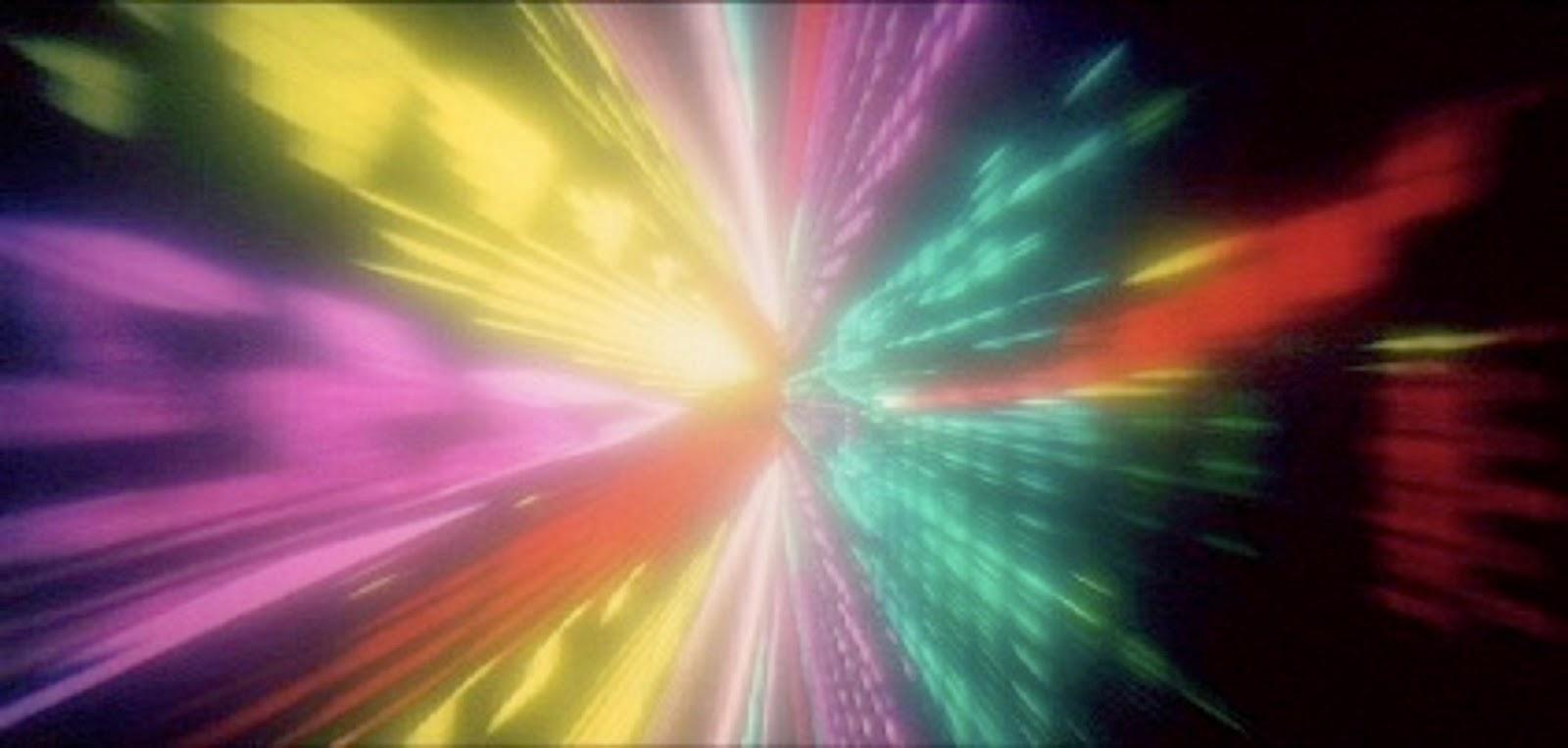 La psicodelia en el cine 2001%2BUna%2Bodisea%2Ben%2Bel%2Bespacio%2B(1968)_2001%2Ba%2Bspace%2Bodyssey