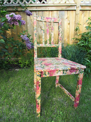 DIY Craft, Mod Podge, DIY Mod Podge, Mod Podge Furniture, Mod Podge Chair, Decoupage, Decoupage furniture