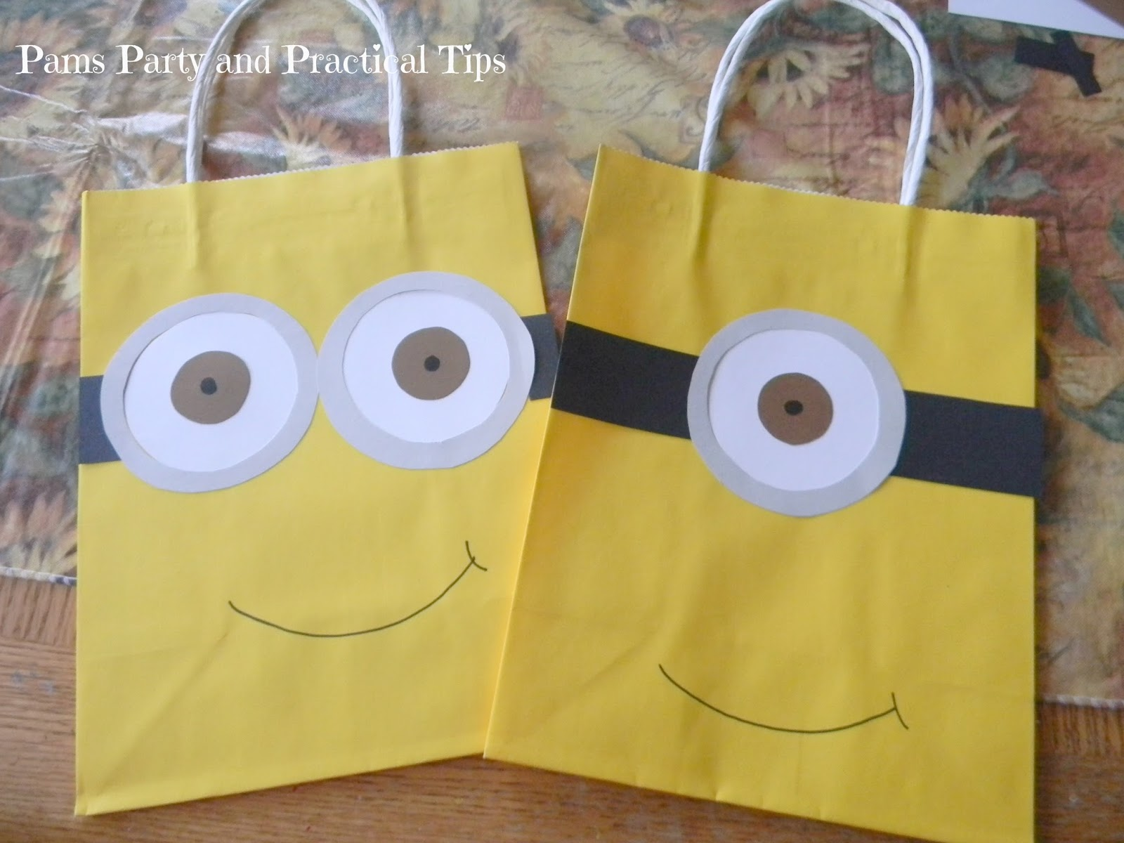 pams party practical tips how to make despicable me minions. Black Bedroom Furniture Sets. Home Design Ideas