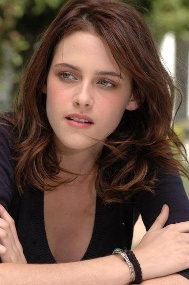 Download this Kristen Stewart Biography picture