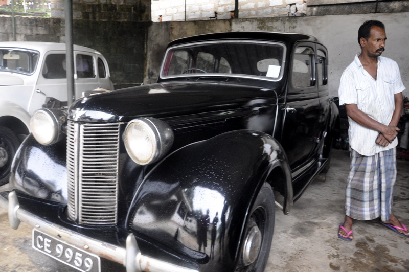 Medical Batch Colombo Sri Lanka Classic Cars Mawanella