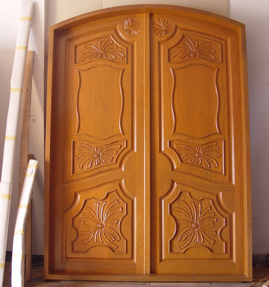 Beautiful doors design ideas 13 photos gallery modern for Single door designs for indian homes