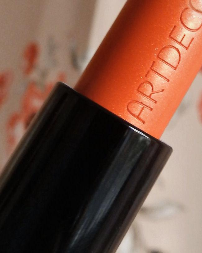 artdeco art couture lipstick mandarin orange jungle fever blog review with swatch queen of the jungle bronzing trio