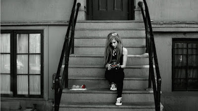 Emo Girls,emo wallpapers,my emo girl,emo girl pics,emo girl pictures,hot emo pics,what are emo girls,emo dress up