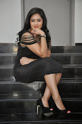 Nikesha patel latest glam pics-thumbnail-9
