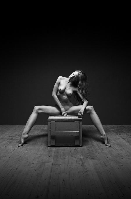 zhanri-eroticheskih-foto