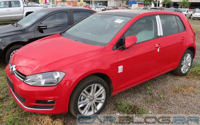 VW Golf Highline TSI 2014 - Vermelho Tornado