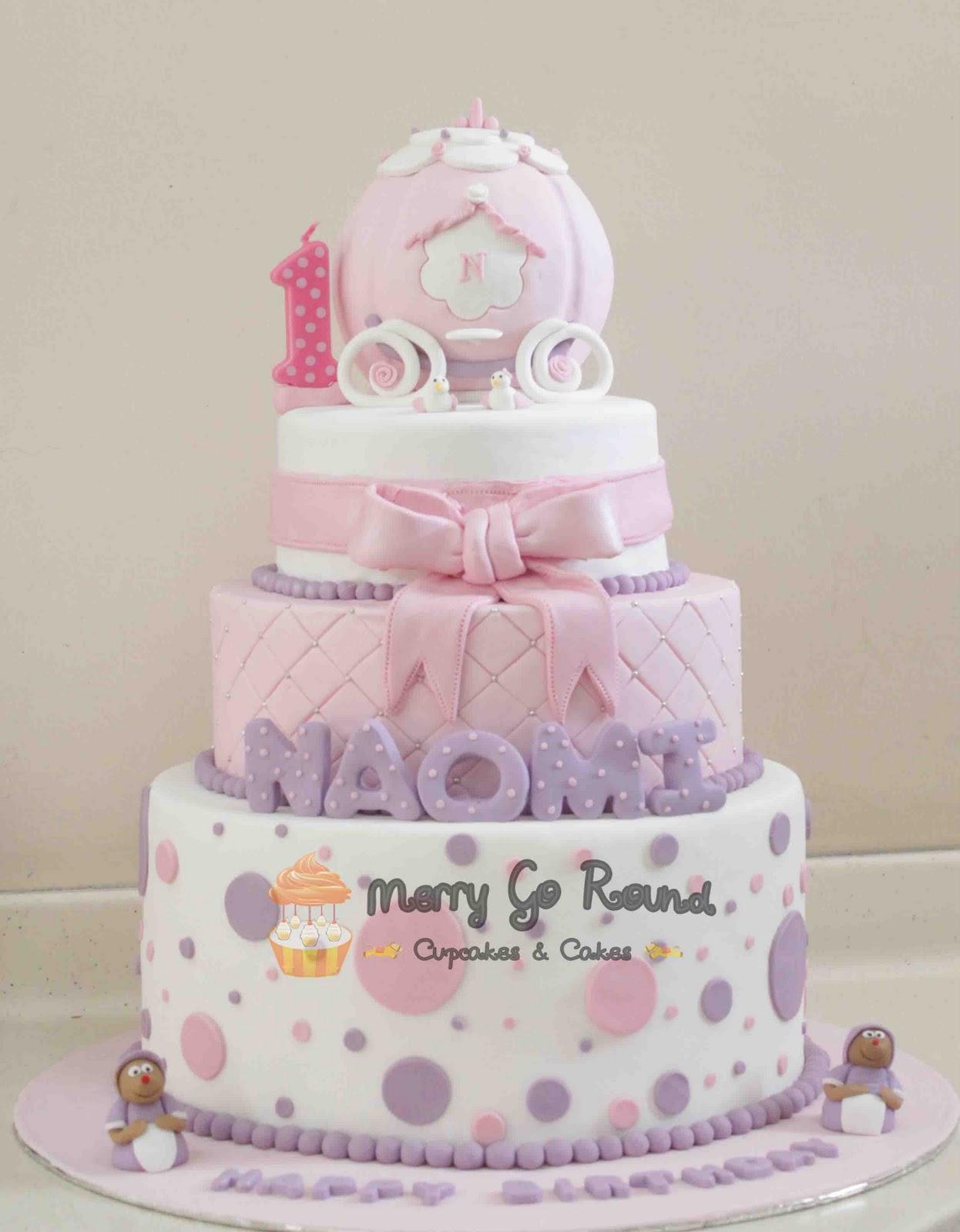 Merry Go Round Cupcakes Cakes Happy 1st Birthday Naomi