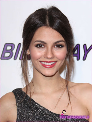Victoria Justice Sweet Smile