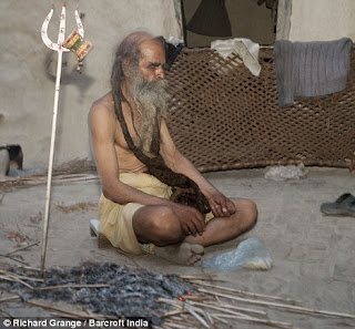 Pria Ini Tidak Mandi Selama 38 Tahun