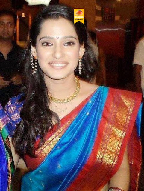priya bapat s sizzling photos in saree cute marathi actresses bollywood hollywood south girls