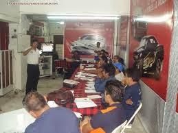 hacer el mantenimiento general en sus carros