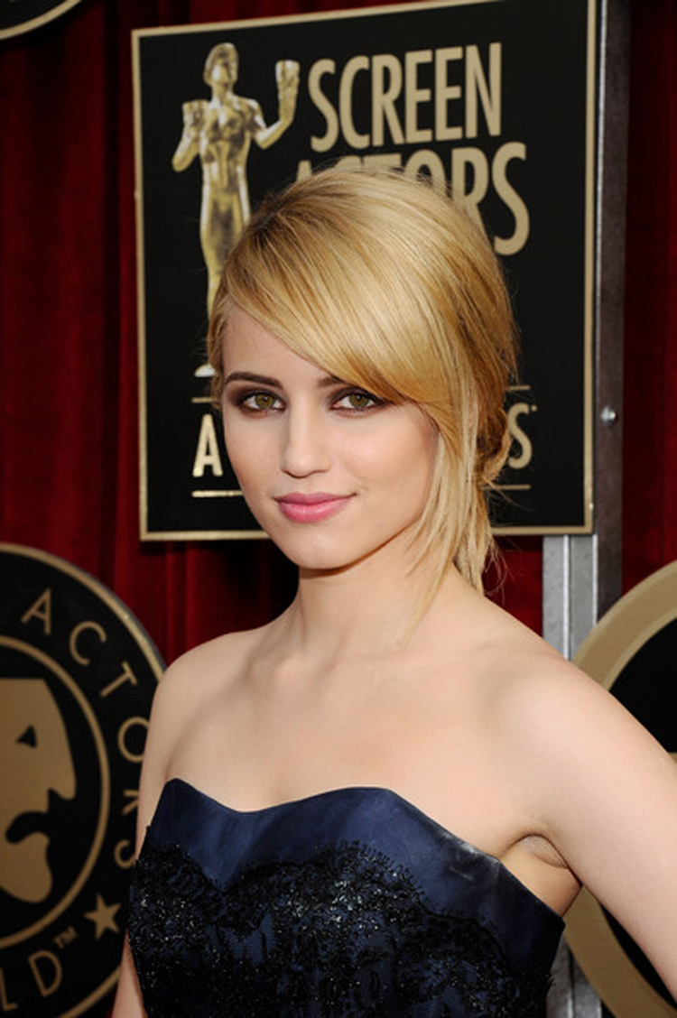 Fresh Look Celebrity Dianna Agron Hairstyles 28