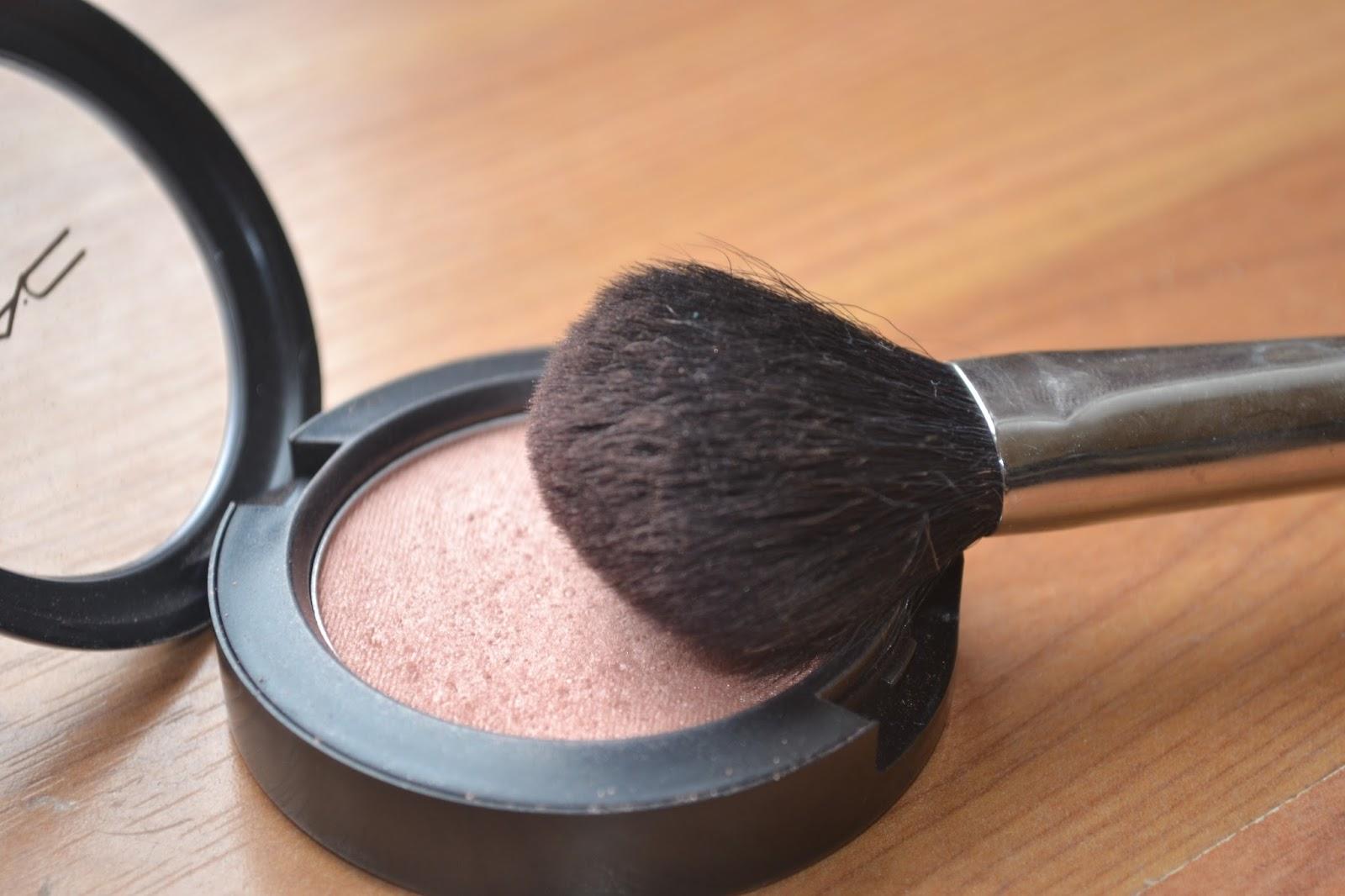 Onyx: Beauty, Fashion and Lifestyle Blog: MAC Margin Blush
