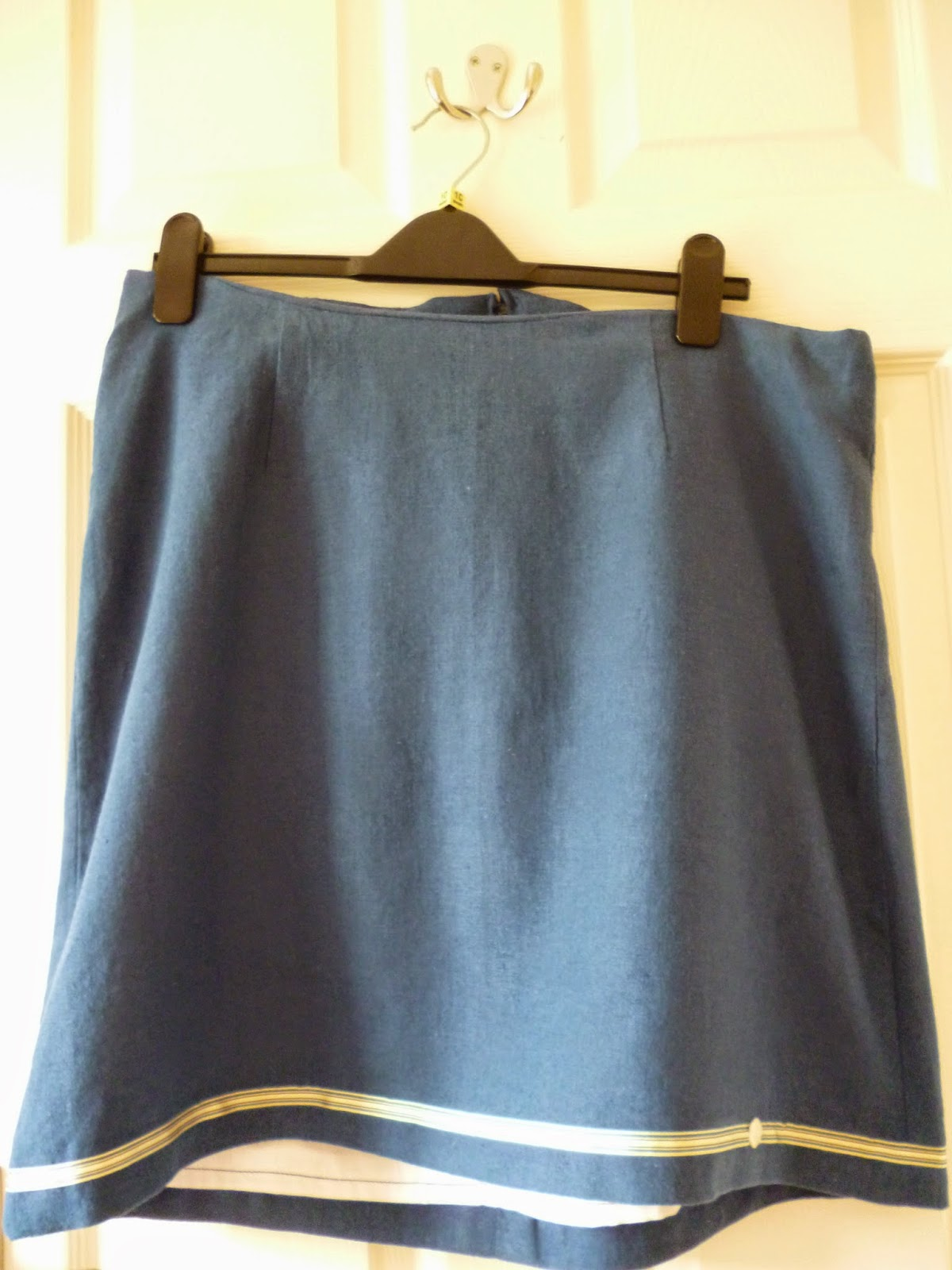 Macalls 3341 skirt pattern Great British Sewing Bee