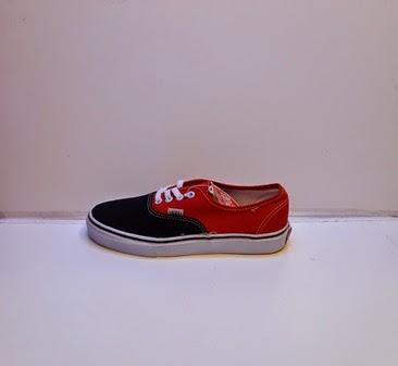 Sepatu Vans authentic Cewek Merah Hitam Murah