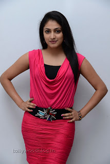 Hari Priya in Pink Top and Black Leggings Lovely Pictures