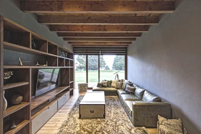 Casa rustica y moderna en piedra rustic and modern stone for Casa minimalista rustica