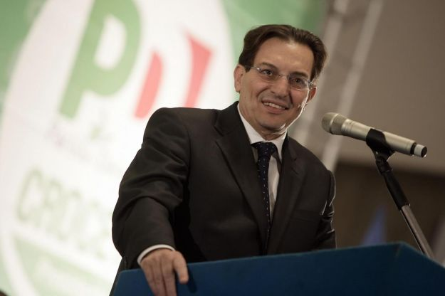 Plataforma política de Rosario Crocetta é de combate à máfia (Foto: AP)