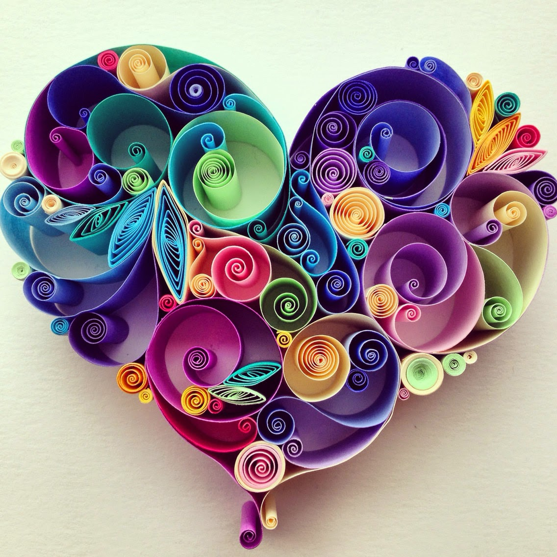 05-Love-is-All-Around-Sena-Runa-Drawing-and-Quilling-a-match-made-in-Heaven-www-designstack-co