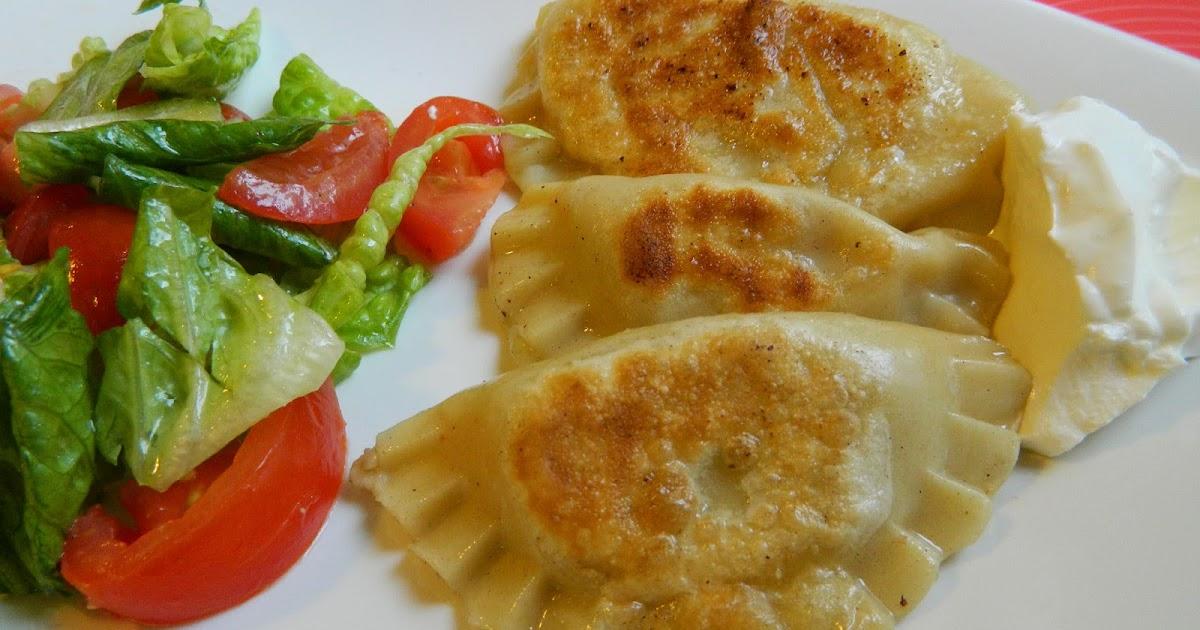 Le petit coin de cuisine de yasmine pierogi ruskie raviolis polonais - Petit coin cuisine ...