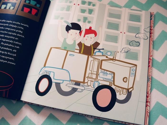 tyranozaur i traktorzyski, książka dla dzieci, wydawnictwo czerwony konik