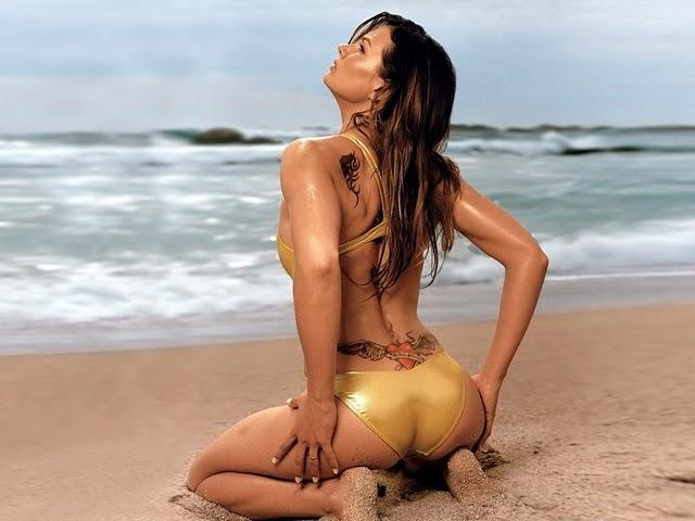 Tattoo on Swimsuit Girls