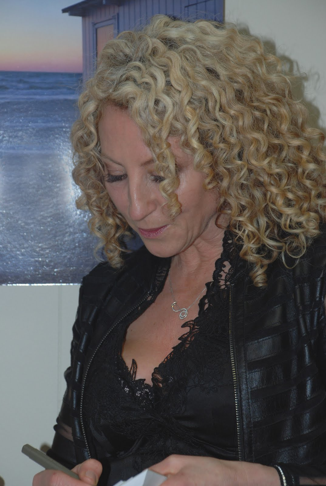 Lorraine Massey And The Curly Girls Sensual Hair