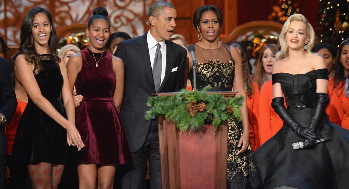 -michelle-obama-with-her-mother-marian-robinson-daughters-sasha-obama ...