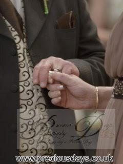 Southampton registry office wedding image