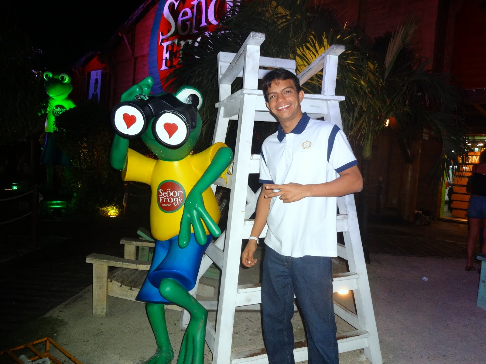 senor frogs Cancun