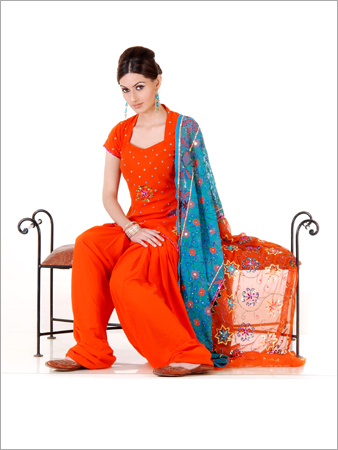 Fashion::Actress,Models and much more :: Salwar Kameez Designs