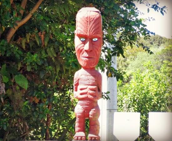 New Zeland - maori statue