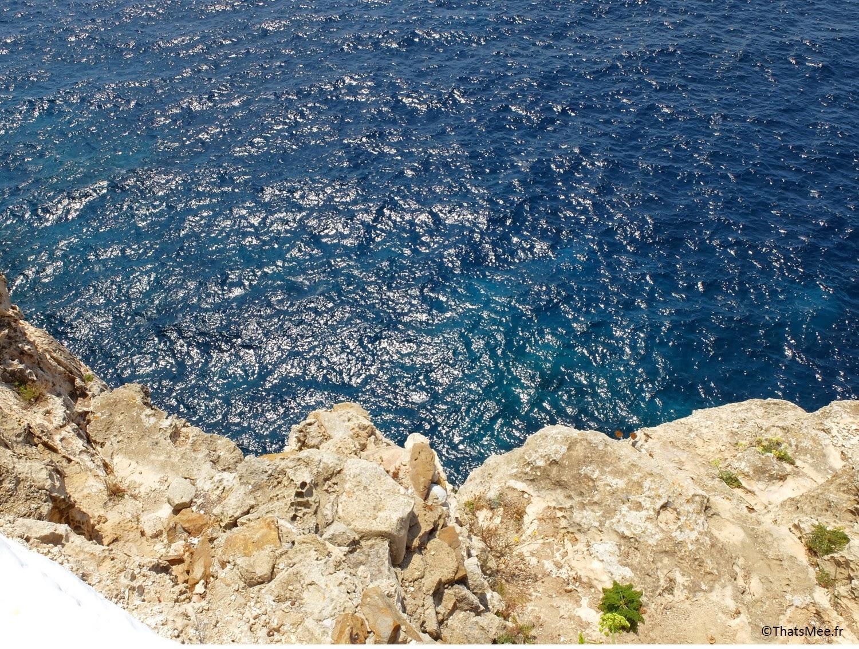 bar club accroché à la falaise Cova D'En Xoroi, Minorque Menorca Cala n'Porter