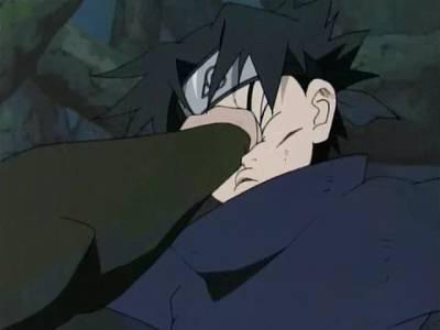 Orochimaru mão de ferro ou é o sasuke tem a cara de borracha