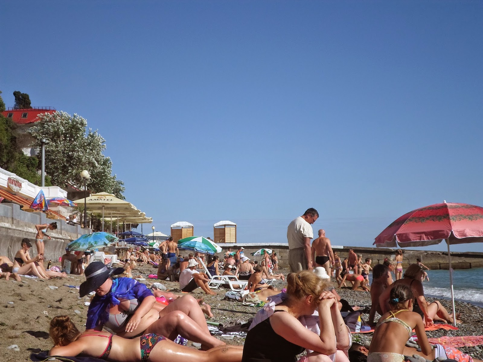 Девушки в адлере на пляже фото