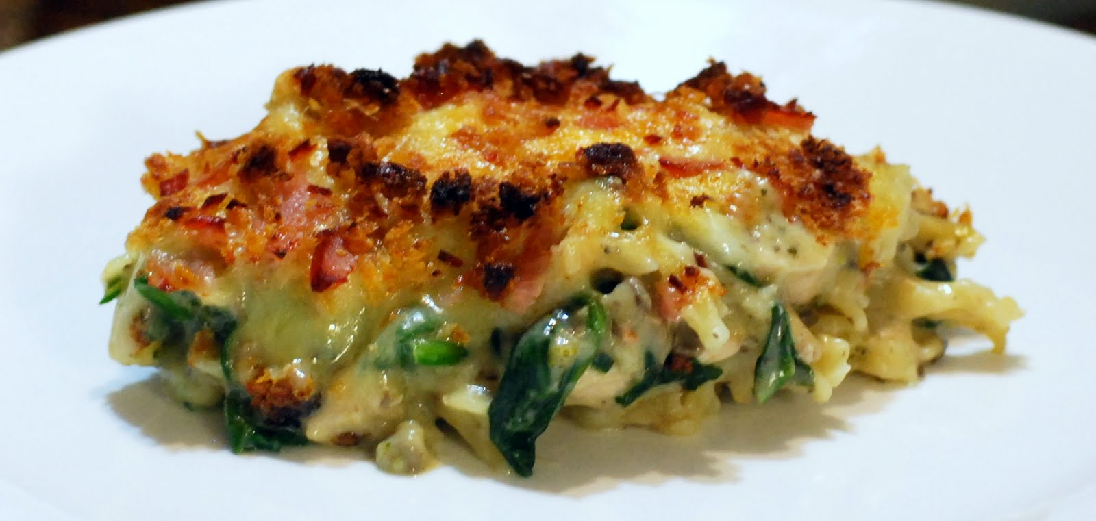 ... : Chicken, Chorizo, Spinach, Mushroom & Broccoli Pasta Bake