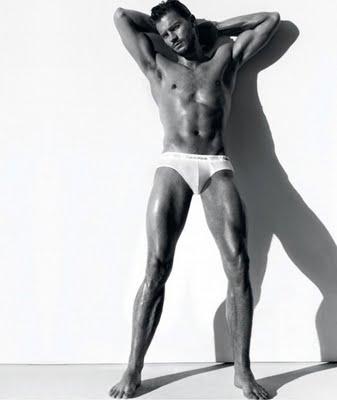 Colin Benthen, sustituto de Matthew Cooper Jamie+Dornan+for+ck+underwear