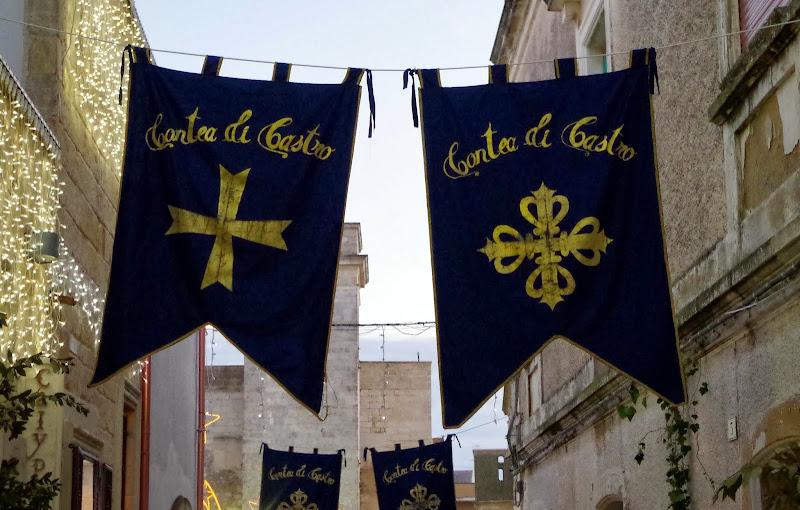 """""""Contea di Castro"""" - festlich geschmückt zum Festspiel in Apulien"""