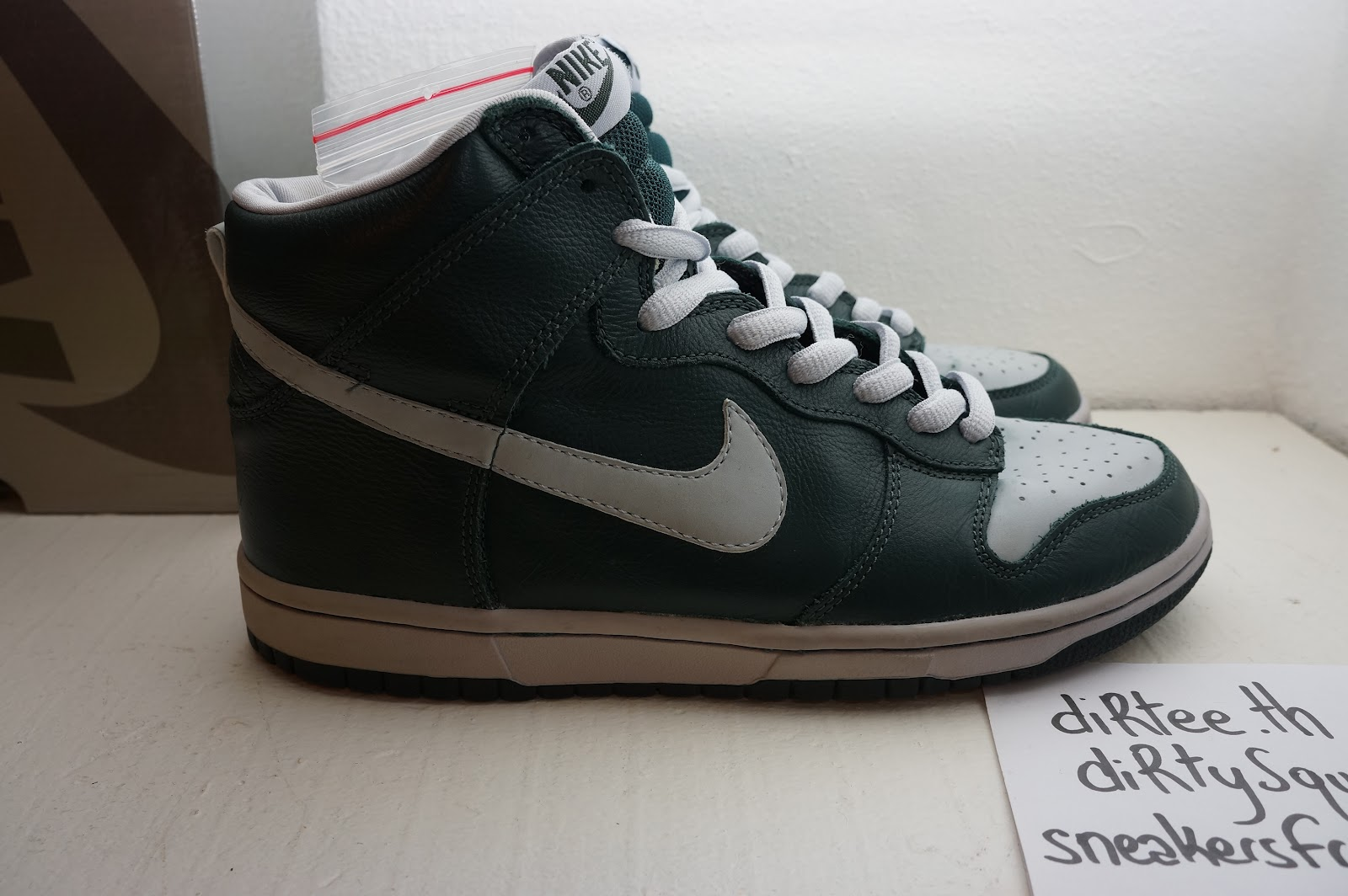 sneakers for cheap a16f9 43251 NIKE SB - Dunk High Pro SB Deep Olive Ghost 305050-302